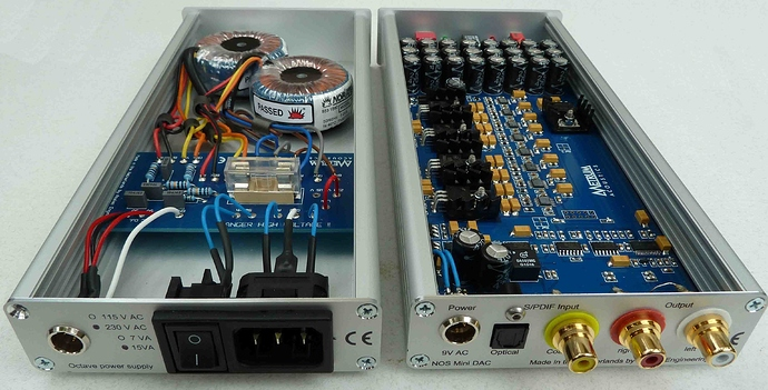M-audio av42 monitor speakers pair red dog music