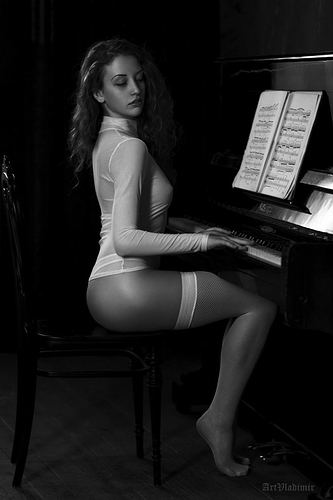 Nakd_Girls_With_Musical_Instruments_18