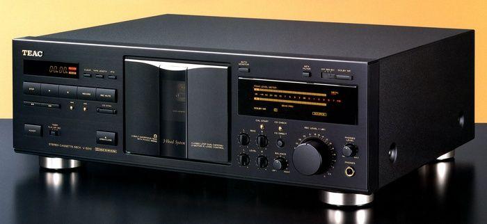 5cc0bcf907b88caaf142699220558bc1--cd-player-cassette